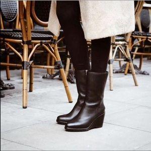 🆕 SOREL waterproof black leather wedge boots- 9.5